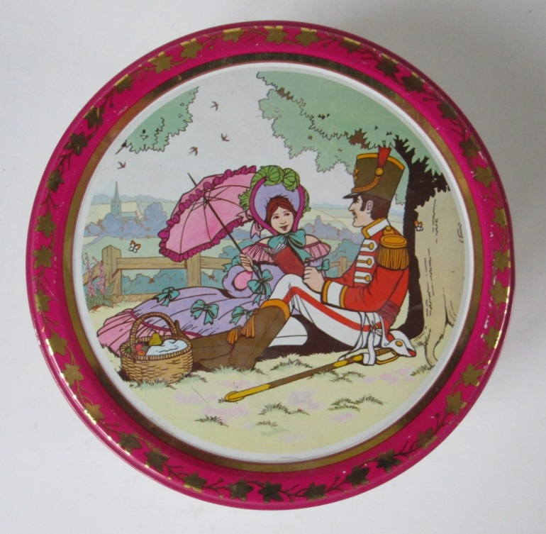 The Quality Street Soldier & Lady enjoy a picnic